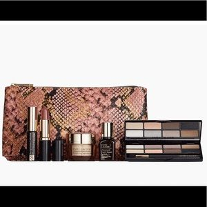 Estée Lauder makeup set